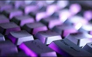 Imagem da notícia: Apenas um terço dos profissionais usa tecnologias de comunicação para a saúde