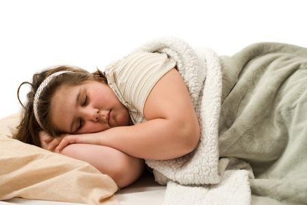 Imagem da notícia: Dormir pouco engorda