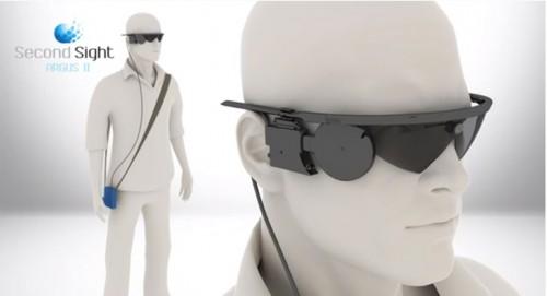 Imagem da notícia: Um implante e uns óculos permitem que cegos voltem a ver
