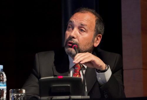 Imagem da notícia: António Figueiredo no XIV Simpósio Internacional de Controvérsias em Glaucoma