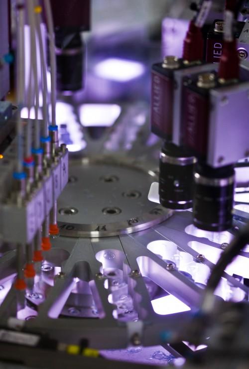 """Imagem da notícia: SCI: """"Inovação e tecnologia no fabrico de lentes de contacto"""""""