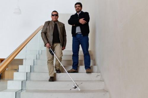 Imagem da notícia: Bengala inovadora para cegos