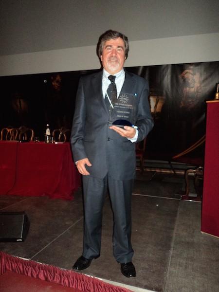 Imagem da notícia: Oftalmologista David Martins foi galardoado em Itália