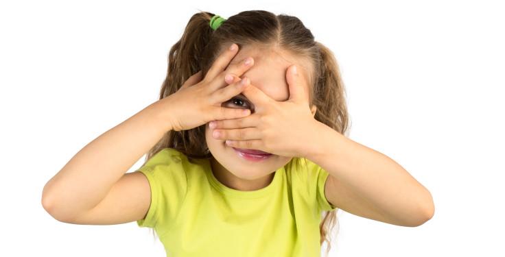 """Imagem da notícia: Lente de contacto """"especial"""" reduz progressão da miopia"""