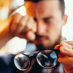 Imagem da notícia: Afinal os míopes são os que mais estudam