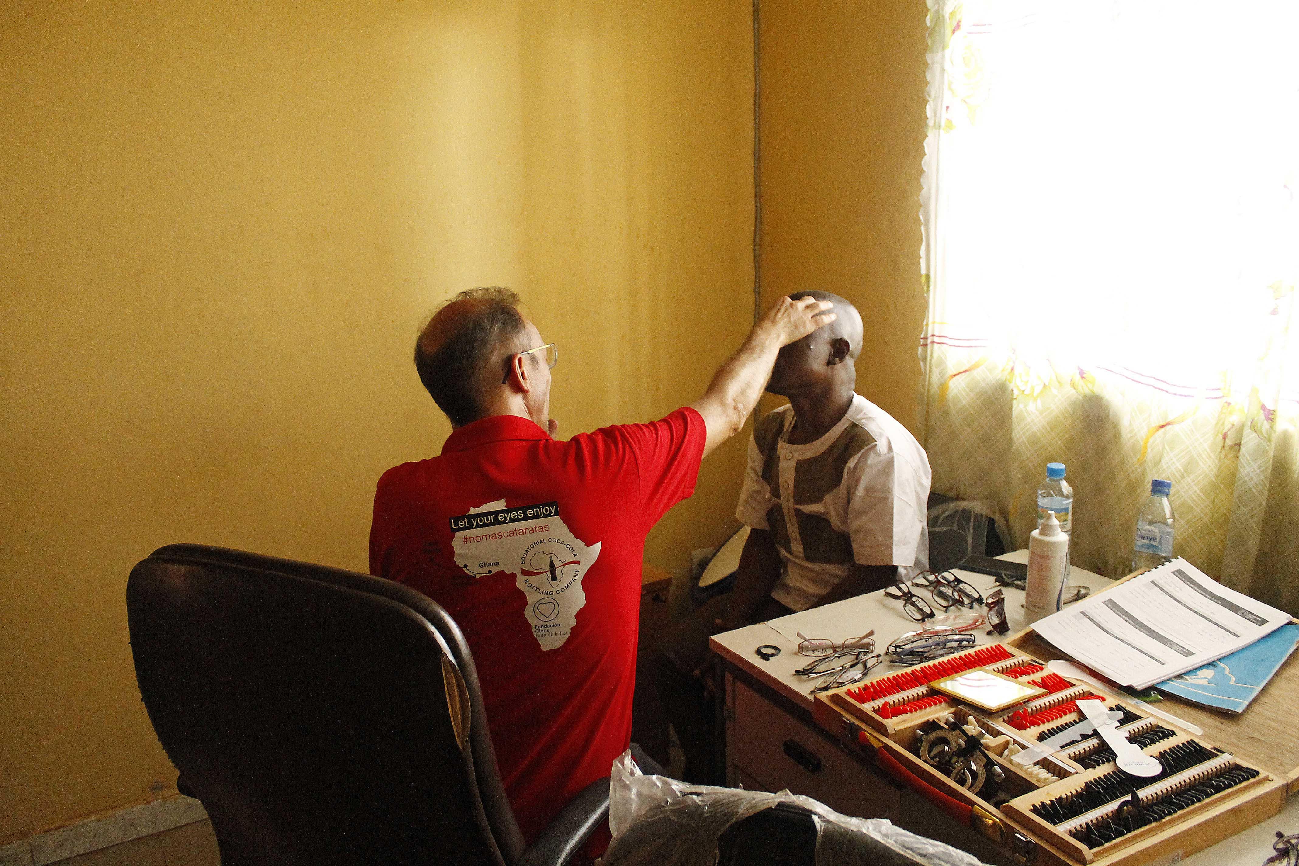 Imagem da notícia: Mais de 200 guineenses operados pela Fundação Cione