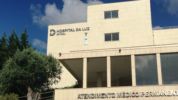Imagem da notícia: Hospital da Luz disponibiliza cirurgias oftalmológicas em 3D