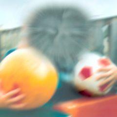 Imagem da notícia: Médicas oftalmologistas alertam para doença de LHON