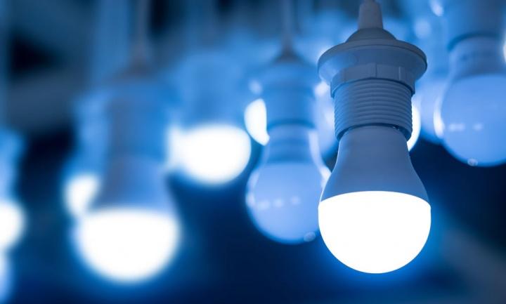 Imagem da notícia: Usa LED's para poupar energia? Cuidado com os olhos!