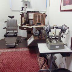 Imagem da notícia: Vendo equipamento de consultório de oftalmologia