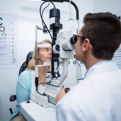 Imagem da notícia: Como devem os oftalmologistas retomar em segurança depois do impacto da Covid-19?