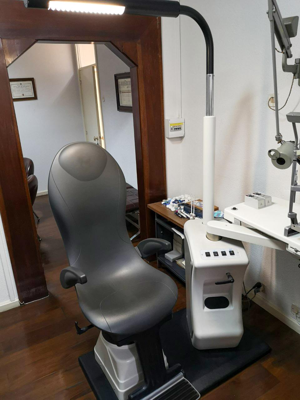 Imagem da notícia: Venda equipamento de oftalmologia