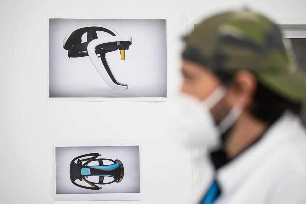 """Imagem da notícia: CEiiA cria """"capacete inteligente"""" à prova de vírus"""