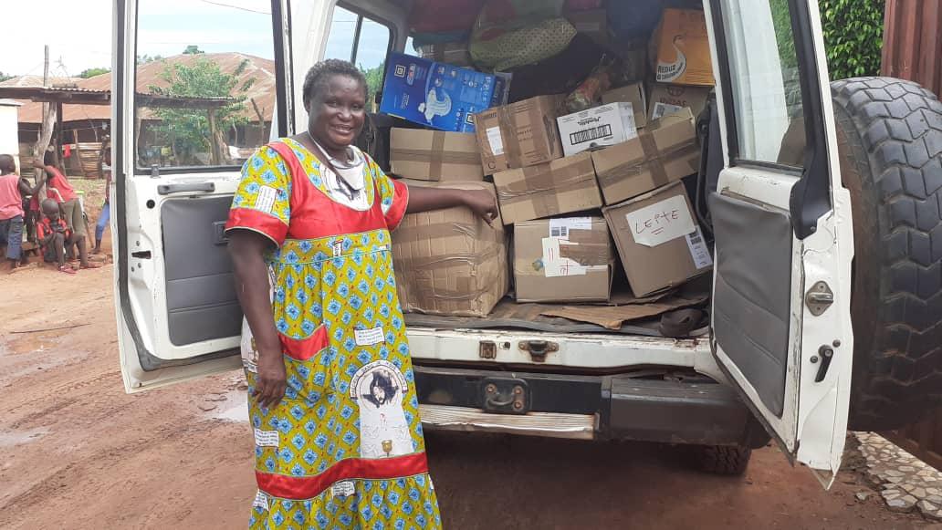 Imagem da notícia: SPO apoia oftalmologistas voluntários na Guiné-Bissau