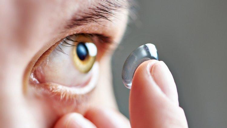 Imagem da notícia: Estudo associa o conforto subjetivo e a qualidade da visão na utilização de LC hidrófilas tóricas