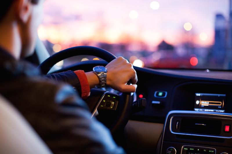 """Imagem da notícia: """"Alterações visuais podem afetar a condução"""" alerta a Alcon"""